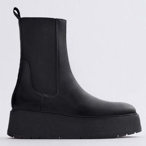 Zara black leather platform booties 2021